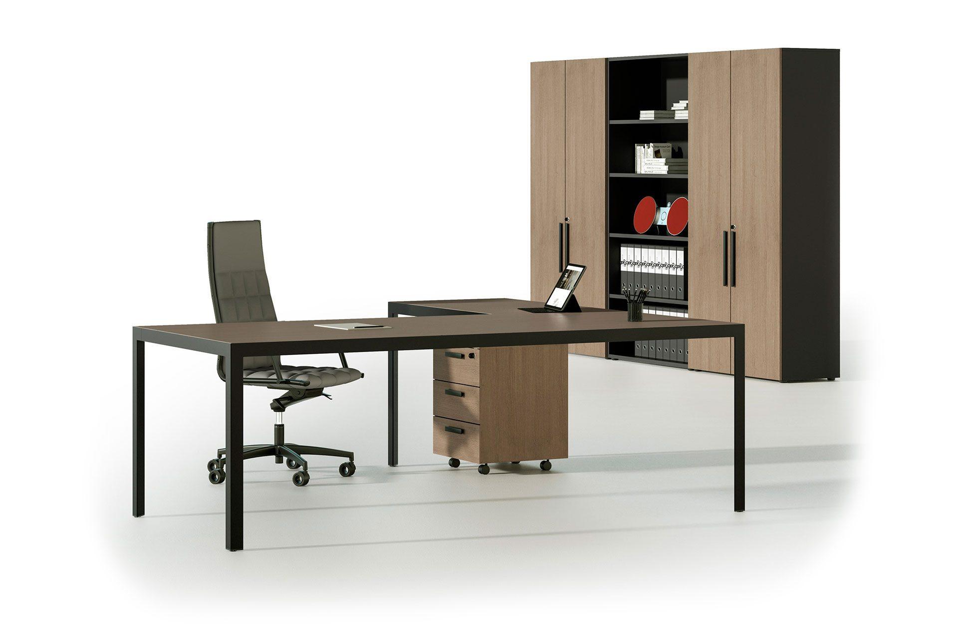 scrivania direzionale di design per l'ufficio