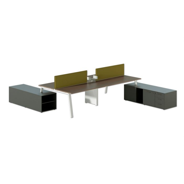 scrivania operativa moderna con cassettiere e pannelli divisori